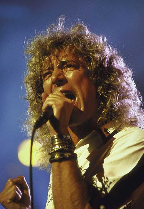 Robert Plant en el escenario del Madison Square Garden para el concierto del 40 aniversario de Atlantic Records en la ciudad de Nueva York, Nueva York, 14 de mayo de 1988 (Crédito de la imagen: William Foley / Getty Images)
